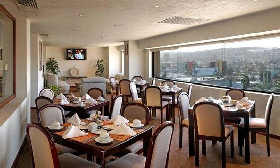 Real Inn Tijuana: Bar/Lounge