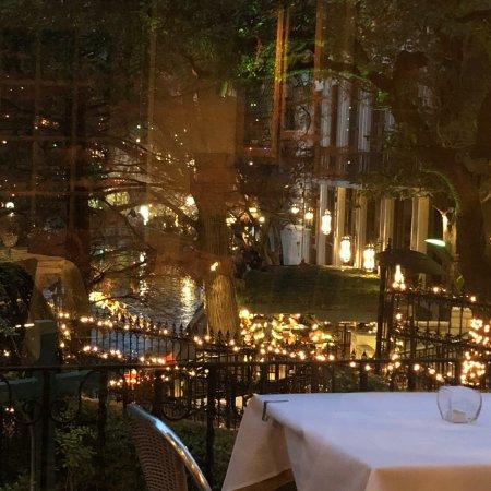 Fig Tree Restaurant: photo0.jpg