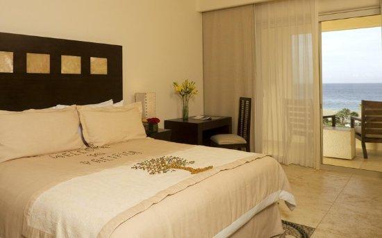 Pueblo Bonito Pacifica Golf & Spa Resort: Guest room