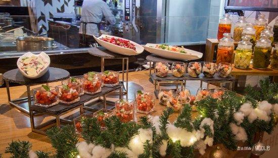 Excellent Food - Review of Amaya Food Gallery at Amari