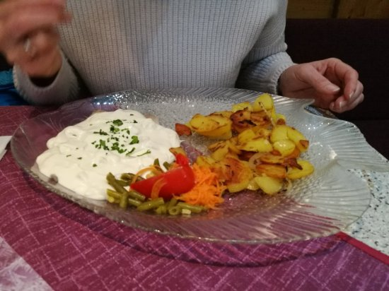 Altenau, Almanya: Heidis Schnellrestaurant
