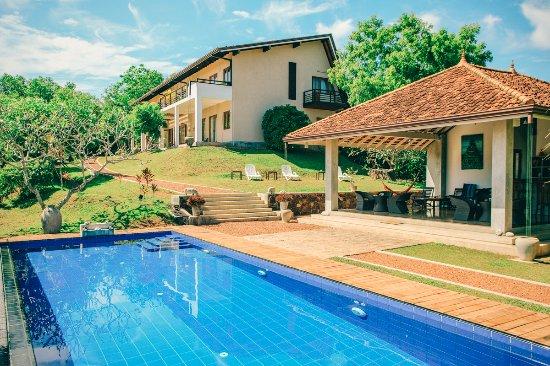 Hilltop Villa & Pavillion