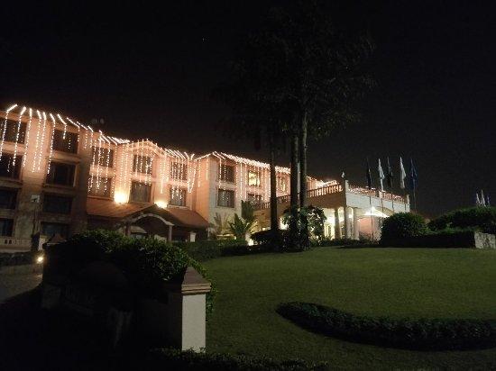 Fortune Park Panchwati Hotel: IMG_20171225_211327_large.jpg