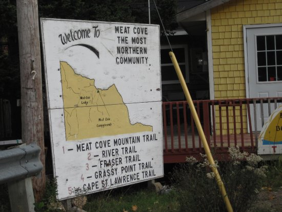 Meat Cove Campground & Oceanside Chowder Hut: Follow The Sign