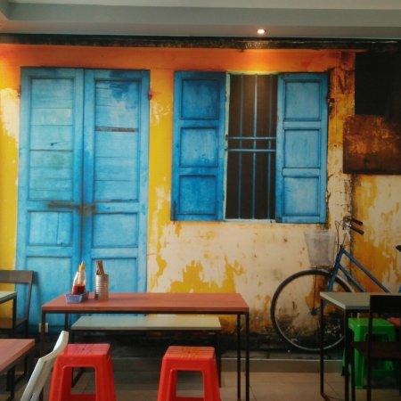 cuisine de rue montpellier obr zek za zen cuisine s. Black Bedroom Furniture Sets. Home Design Ideas