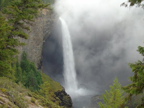 Helmcken Falls: A must see waterfall