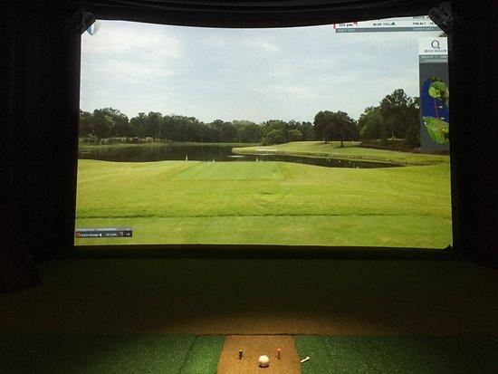 inFIT's HDGolf Simulator