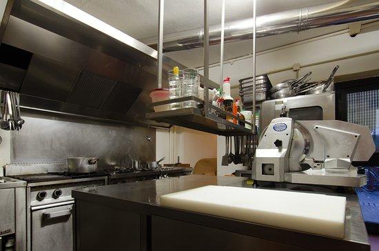 Hostaria da Beppe: vista della cucina