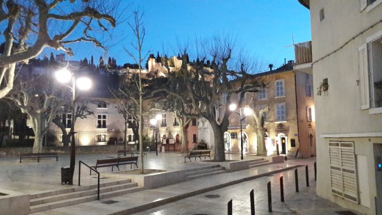 A La Nuit Tombee Picture Of Place Baragnon Cassis Tripadvisor