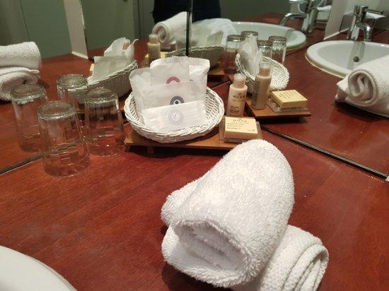 salle de bains obr zok le mans country club yvre l 39 eveque tripadvisor. Black Bedroom Furniture Sets. Home Design Ideas