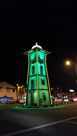 Parit Buntar, Malasia: IMG_20171223_221750_large.jpg
