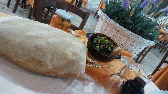 Cannalonga, Италия: Da noi solo prodotti genuini e di prima qualità!