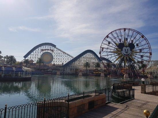 20171228 115524 Large Jpg Picture Of Disneyland Park
