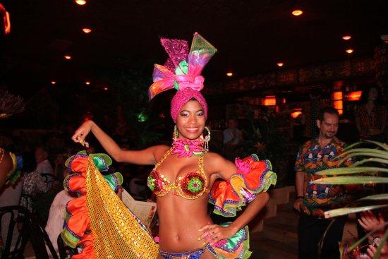 Pam Pam : Une fête de sons et couleurs!!