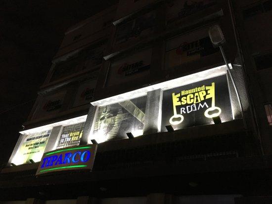 写真Haunted Escape Room枚