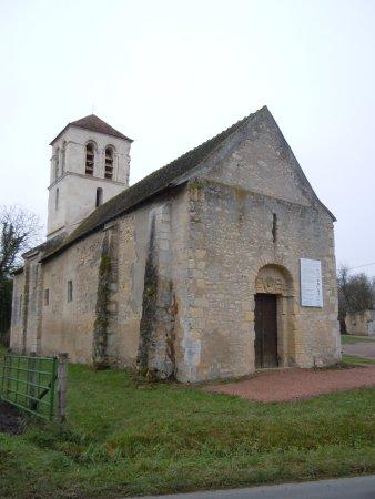 Eglise de Chaluzy
