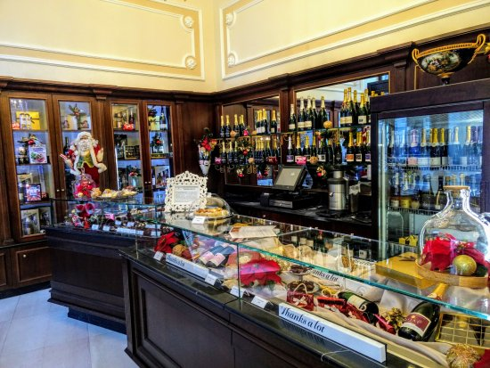 Hotel Miramare: The chocolate shop