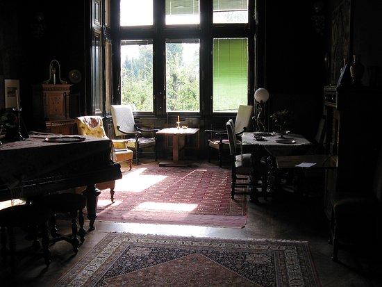 Villa Paulick Wohnzimmer Mit Klavier Picture Of