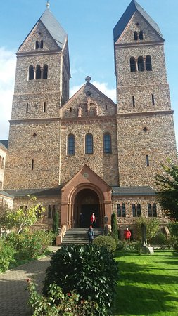 Benedictine Abbey of St. Hildegard: de kerk