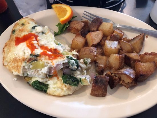 Bisbee Breakfast Club: Egg white omelette & potatoes