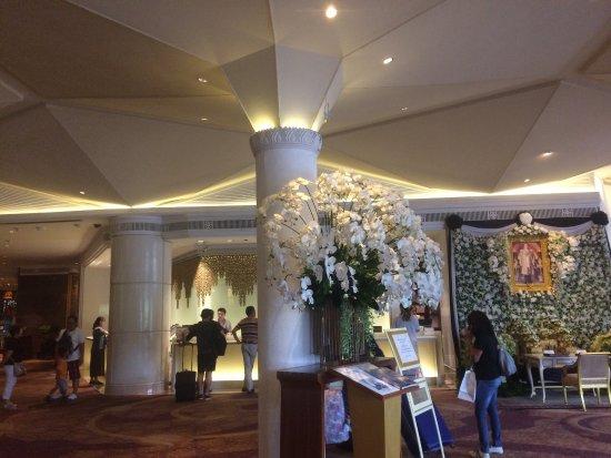 Dusit Thani Bangkok: photo1.jpg