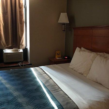 Econo Lodge Times Square: photo8.jpg