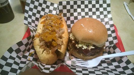 Blountville, TN: Hogzilla & Little Pig Sandwich