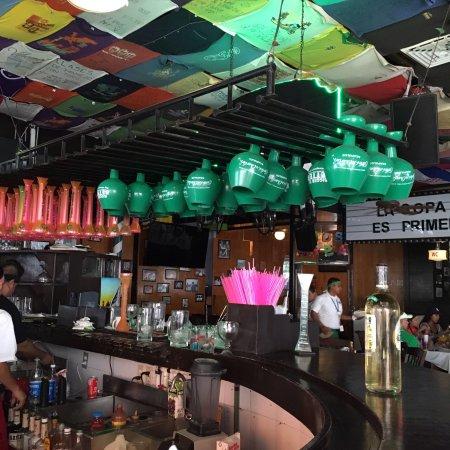 Carlos'n Charlie's Acapulco : photo2.jpg