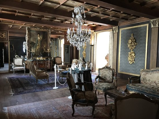Compiano, Italy: Castle Tour