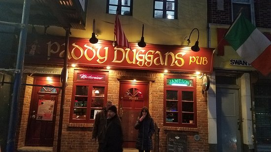 Sunnyside, Estado de Nueva York: The pub