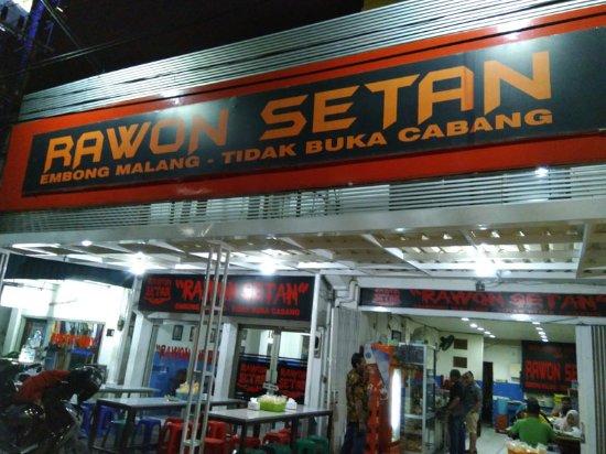 Outlet Rawon Setan Surabaya yang legendaris