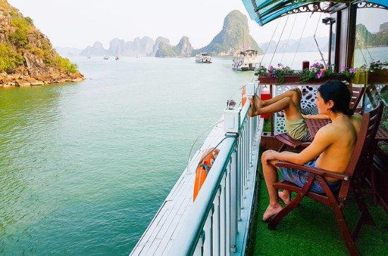 2-Day Halong Bay Luxury Junk Boat ...