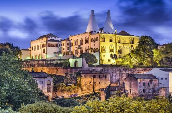 Full-day Tour of Sintra, Pena Palace ...