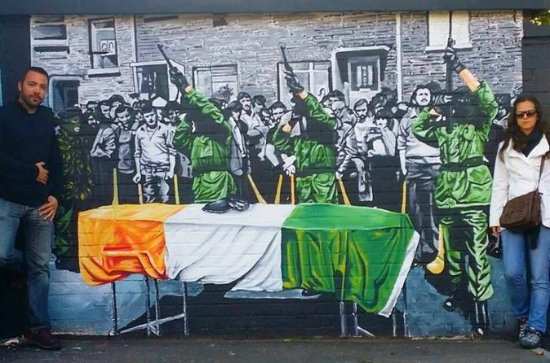 Belfast Famous Black Taxi Political Mural Peace Wall Tour