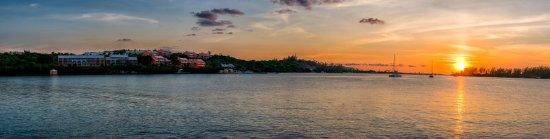 Grotto Bay Beach Resort & Spa: Exterior