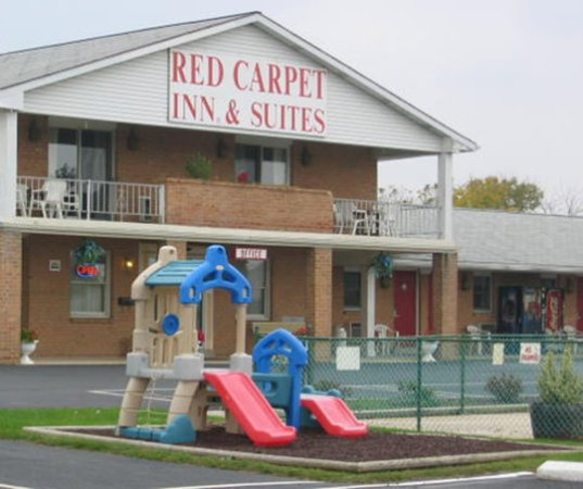 Red Carpet Inn & Suites - Hershey: Exterior