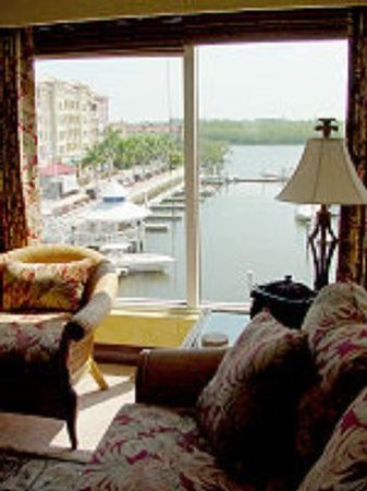 Bayfront Inn 5th Ave: Suite
