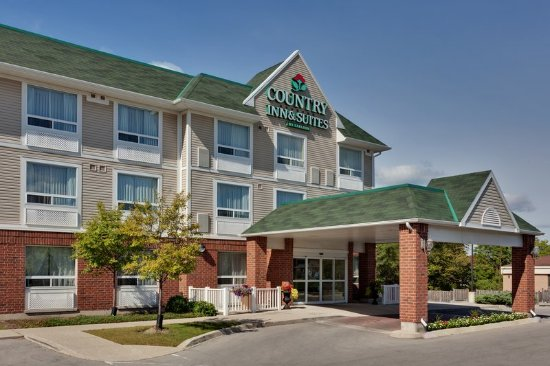 Country Inn & Suites by Radisson, London South, ON: Exterior