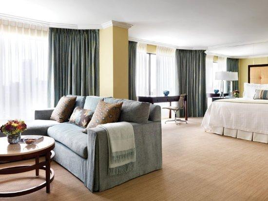 Four Seasons Hotel Vancouver: Suite