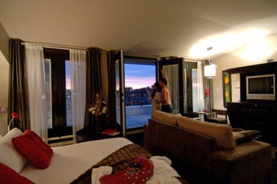 Hôtel Place d'Armes: Guest room
