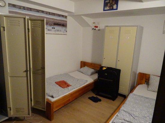 Art Hostel Taurus: 4-Bett-Zimmer