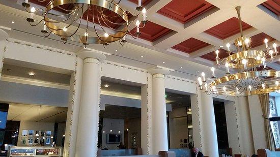 Interno del ristorante foto di kurhaus restaurant baden for Interno 7 cassino