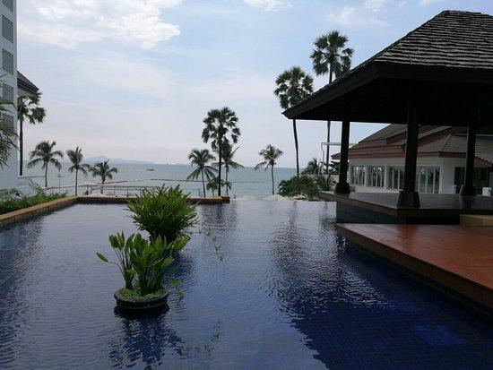 Pullman Pattaya Hotel G: IMG_20171115_114147_large.jpg