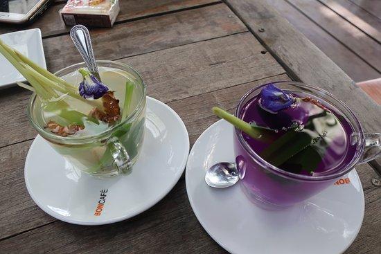 Indigo Farm: Must try these drinks - ginger lemongrass tea & butterfly pea flower drink