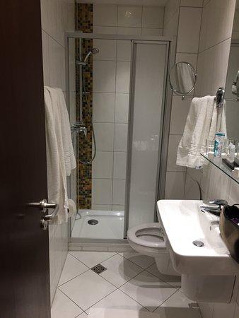 Comfort Badezimmer - Bild von Hotel Aquis Grana, Aachen - TripAdvisor