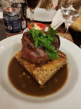 Chona: 3 Peppered steak