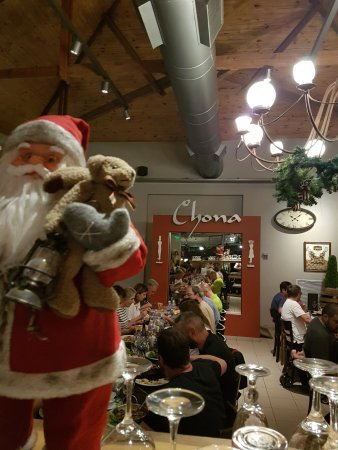 Chona: Inside restaurant