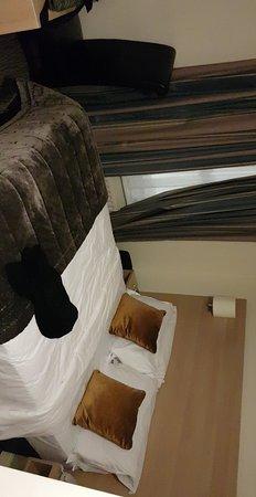 The Fleet Street Hotel : Snapchat-984338899_large.jpg