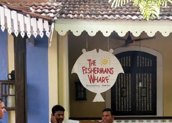The Fisherman's Wharf: Signage