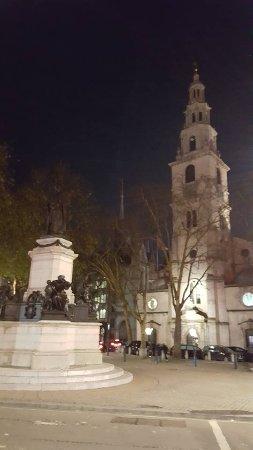 St. Mary le Strand: The church.